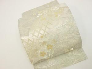 ☆91137☆中古美品 袋帯 夏物 絽地 流水に垣根と草花模様