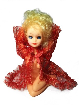 70's vintage pinup doll (YL x RD)