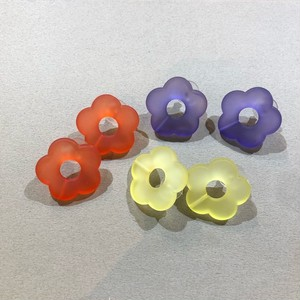 Clear Flower Pierce Color : Red/Yellow/Blue