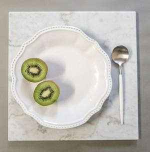 ホワイト レイラサラダプレート (Leila Salad Plate)