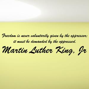 マーティン・ルーサーの格言 壁用ウォールステッカー 英字 偉人 言葉 名言 名言集 おしゃれ おすすめ