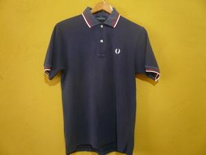 FRED PERRY フレッドペリー 紺×赤白ライン ポロシャツ