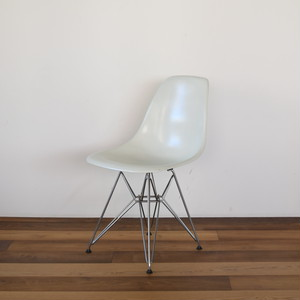 Eames Shell Side chair DFSR 展示仕様