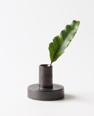 建築的なフラワーベース 花瓶