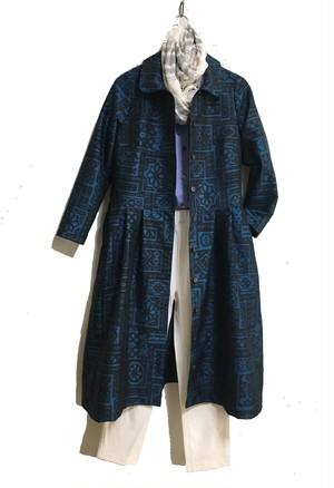 大島紬で丸衿のワンピース