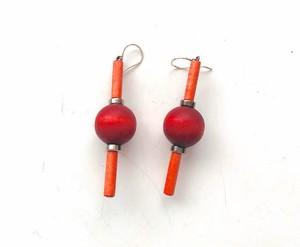 アーリッカピアス(赤い丸と棒)