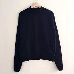 mnml design sweatshirt