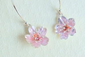 【銀七宝】桜の耳飾り