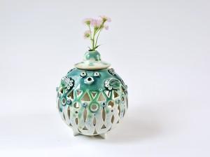 透かし彫りふぐ花器