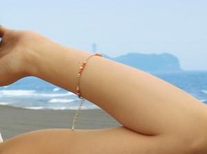 サンゴとカレンシルバーのブレスレット