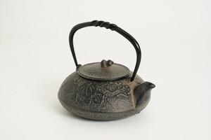 南部鉄器 鉄瓶 ひさご 0.5L (茶こし付き)