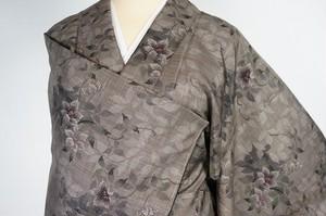 未使用 大島紬 9マルキ 手織り 椿 本場大島紬  泥大島 468