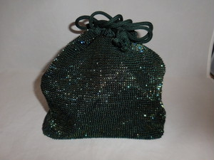緑色ビーズビィンテージ巾着 green bead vintage pouch (made in Japan)
