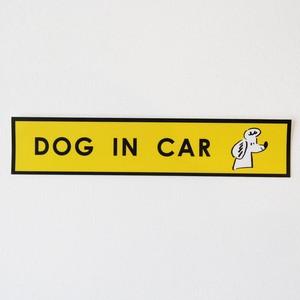 DOG IN CAR 車ステッカー