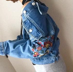 【SALE】¥4380  刺繍デニムジャケット
