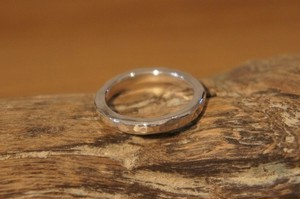 hammer finish silver ring 2