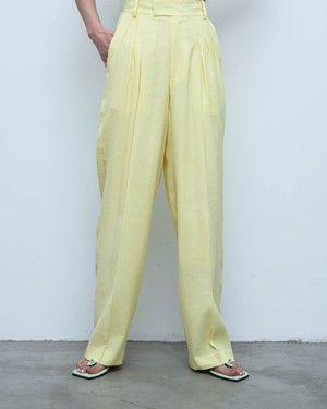 pelleq - tucked trousers