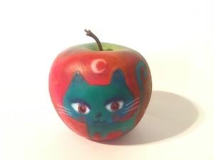 パステル画のアートりんご/青ねことネズミ