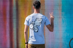 TEAM DREAM BICYCLING TEAM / Heather Grey Meowchelin Peace Wheelie T