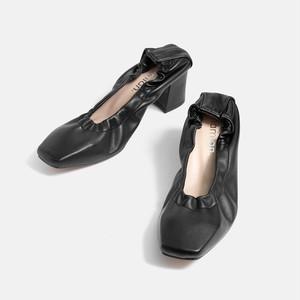 【一部難あり】スクエアトゥギャザーデザインパンプス:ブラック 24.0cm(OT996)