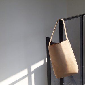fons originals / LEATHER TOTE[NATURAL]