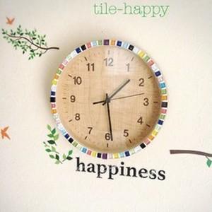 カジュアルなビタミンカラーの時計