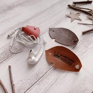 葉っぱ型!本革コードホルダー 名入れ無料(焼印) バッグチャーム 姫路レザー カラーオーダー