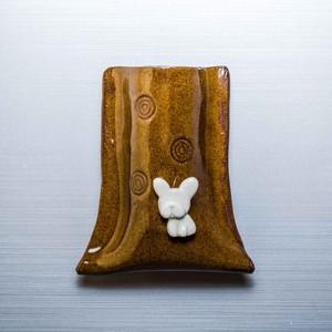 フレンチブルドッグがワンポイントの陶器のペンスタンド