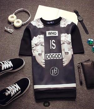 【売切間近】WHO IS DOGOD半袖パーカーTシャツ