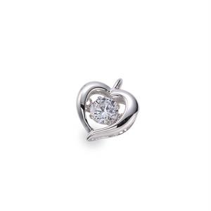6:揺れるダイヤモンドペンダント0.1ct