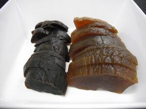 奈良漬け 茶 (写真 右)