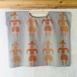 ハニワハオ 四角いシャツ