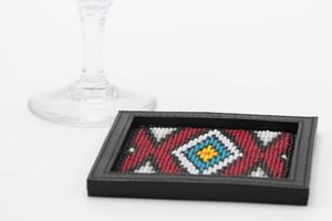 003 / 角形ビーズ刺繍コースター