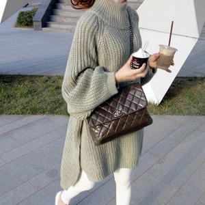【トップス】お洒落感アップ長袖ゆるいスリットセーター