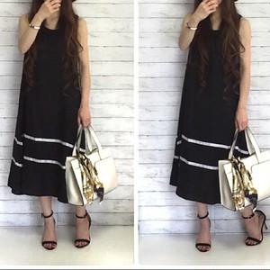 裾ライン フレアワンピース(black)