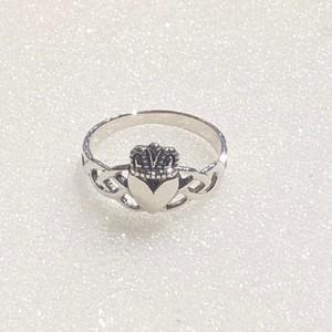 RING - claddagh ring-