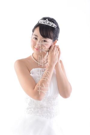 【0176】ポーズを取る花嫁