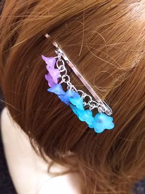 枝垂れヘアピン 水色〜紫