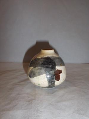 ミニ花器 porcelain vase