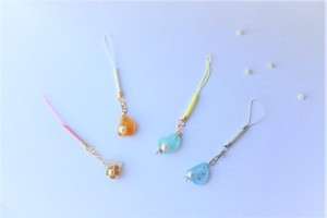 真珠とシーグラスのストラップ