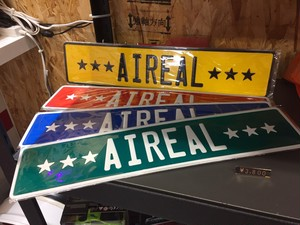 Aireal sign plate