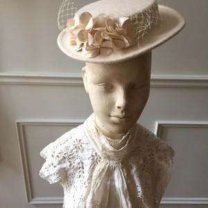 Vintage布花のフエルトHat。
