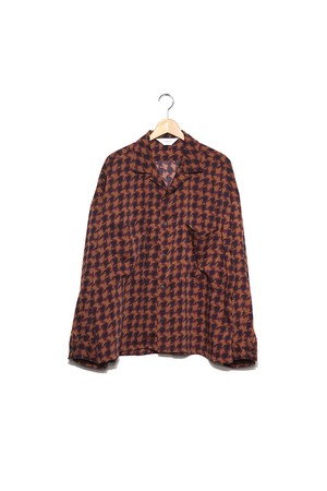 wonderland, Open collar shirts