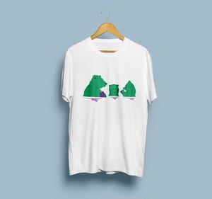 動物の団欒シリーズ  - Tシャツ編 クマver -