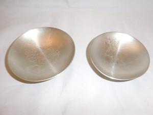 錫二盃 tin two sake cups(bamboo,plum)