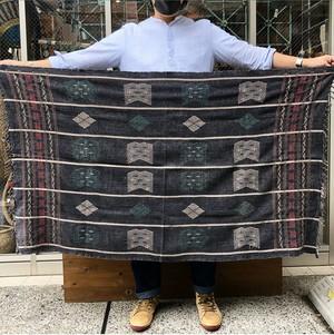 ナガ族 幾何学模様ブランケット(ブラック)