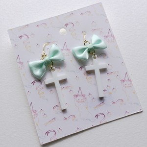 【旧作セール¥300均一】Ribbon & Cross earrings