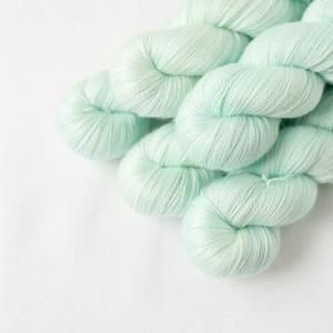 日常の浮遊 (Merino silk Lace)