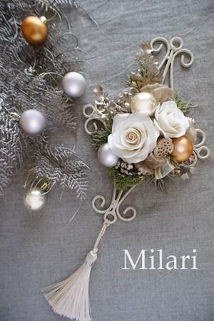 ホワイトローズのクリスマスウォールデコ
