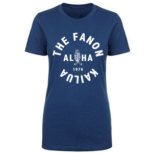 [WOMAN] MENEHUNE IN KAILUA TEE -C.BLUE-